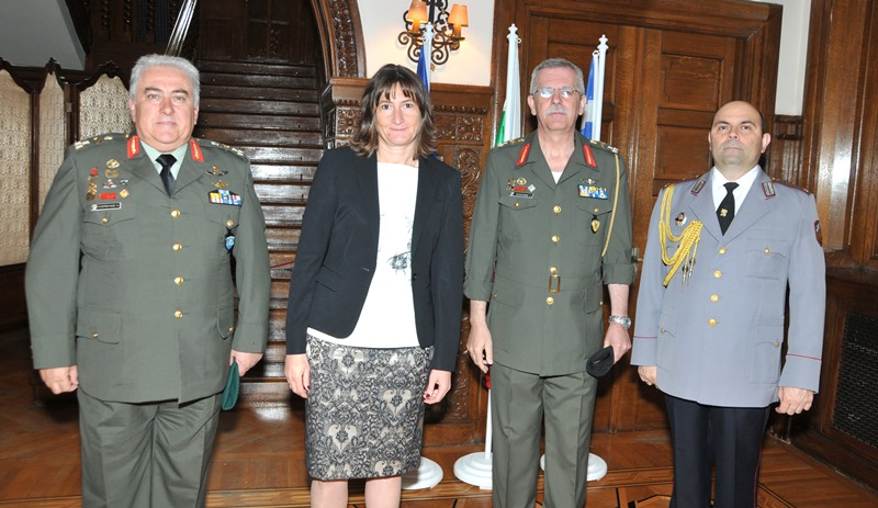 Bulgaria commemorates Armed Forces Day in Greece