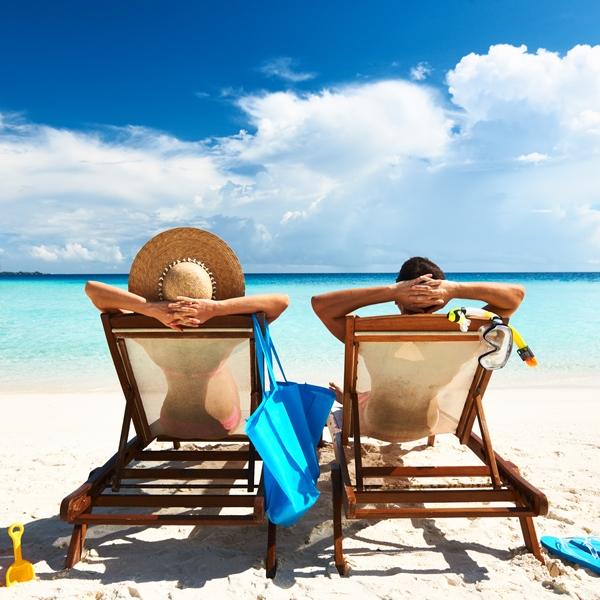 couple-on-a-beach
