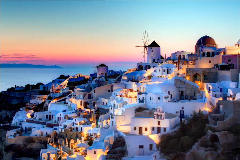 Welcome to the Cyclades – the most popular island complex in Greece