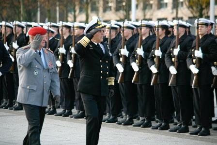 Chief of Defence pays Official Visit to Germany
