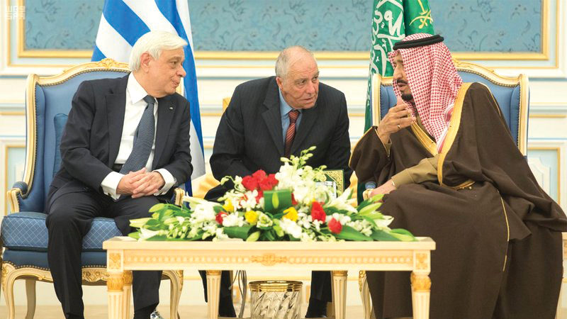 President of the Republic receives Royal welcome in Riyadh