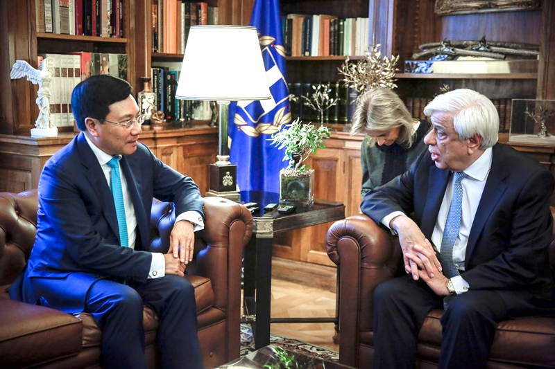Deputy Prime Minister and Foreign Minister of Vietnam in Athens