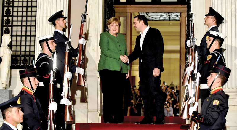 German Chancellor in Athens for talks with the leadership of Greece