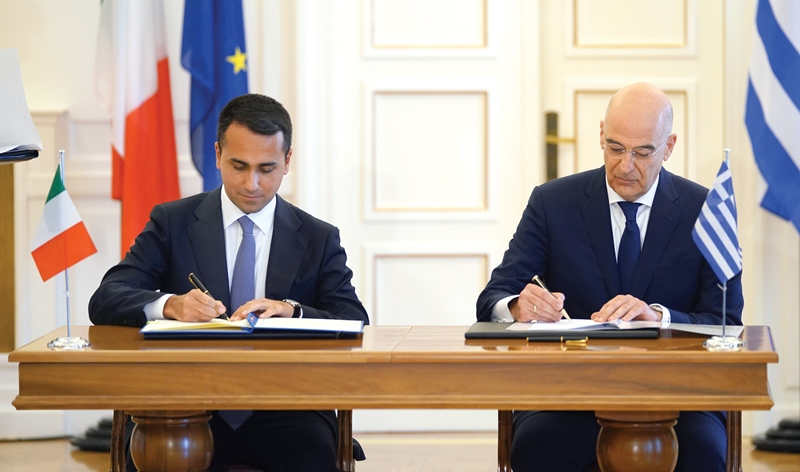 Greek-Italian cooperation is a model of good neighbourly relations
