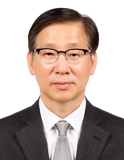 Ambassador of the Republic of Korea, Lee Jung-il